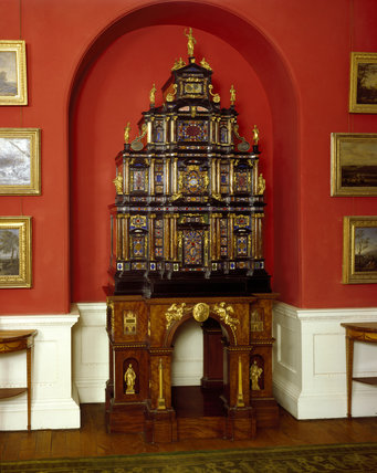The Pope's Cabinet at Stourhead