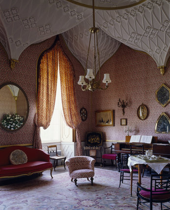 The Gothic Boudoir, Castle Ward