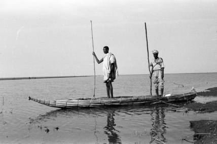 Waito men in a tankwa