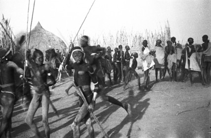 Nuer men dancing