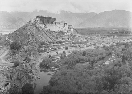 Potala Palace, Sho and Pargo Kaling taken from Chakpori