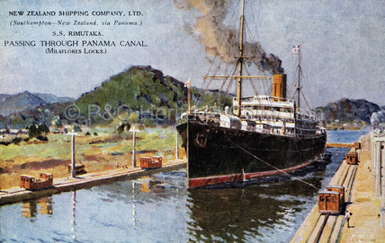 RIMUTAKA passing through Panama Canal