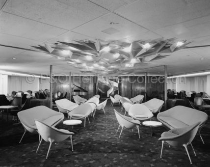 CANBERRA's First Class Meridian Room