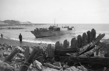 An infantry landing craft (LCI) approaching the shore to take off wounded from Walcheren, Holland, November 1944.