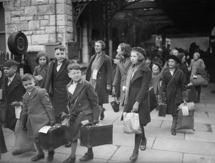 A Group Of Evacuees From Bristol Arrive At Brent Railway