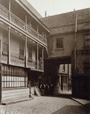 Queen's Head Inn Yard