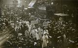 Suffragette procession: 1910