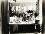 Suffragettes preparing and counting tickets: 1909