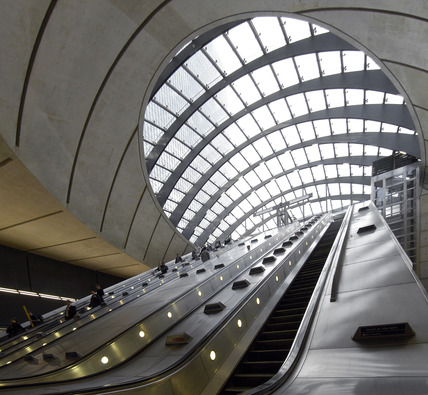 Canary Wharf Station; 2009
