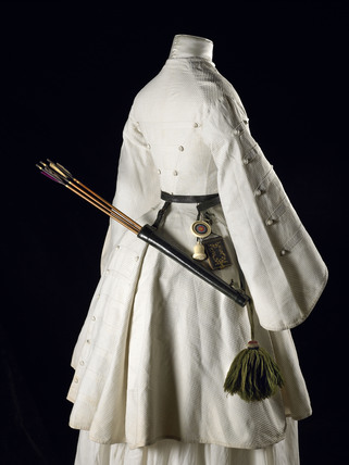 A three quarter length white cotton Marcella archery jacket