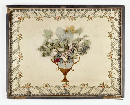 The inside lid of a rectangular wooden dressing case: 1781-1820