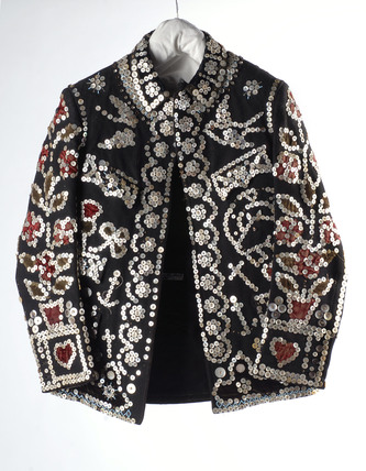 Pearly King jacket decorated with pearl buttons; 1901-1940