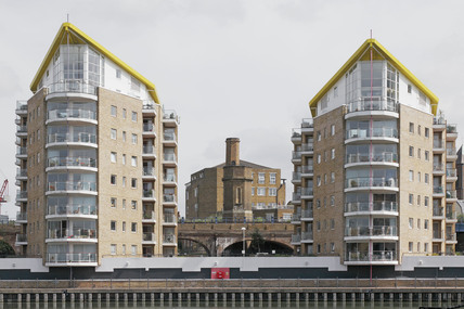 Waterside appartments in the Limehouse Basin; 2009