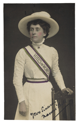 The Suffragette look: 1908