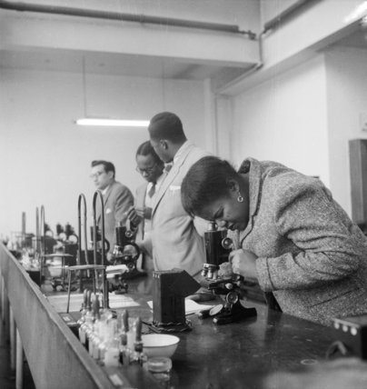 Students from Sierra Leone studying at the London School of Hygiene and Tropical Medicine; C 1960