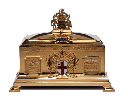 Gold freedom casket: 1935
