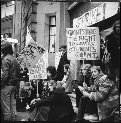 Student demonstration outside the London School of Economics, 1971