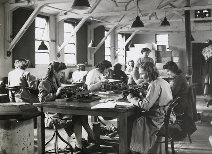 PLA payroll staff during WWII: c.1940