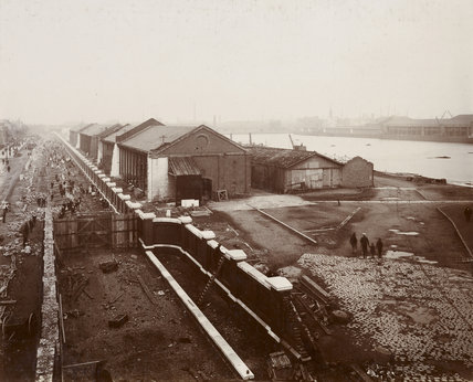 East India Docks improvements: 1912