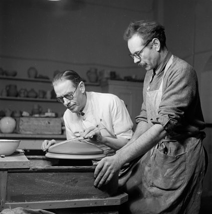 Pottery class at the Camberwell School of Art; 1950