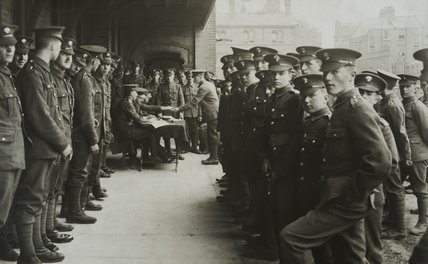 Grenadier Guards on paying out day, Chelsea Barracks, 1917