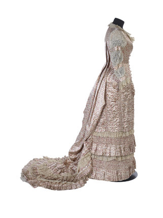 A teagown with a 'Watteau' back. c.1885