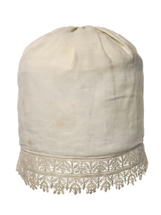 A man's linen cap, said to have been worn by Charles I