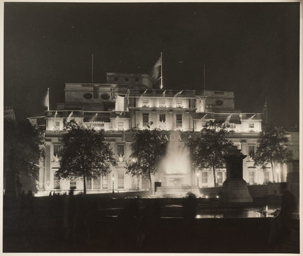 No. 1 Fountain and Canada House: 1946