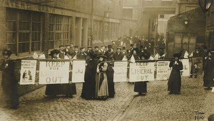 Suffragettes Campaigning during the General Election, 1910