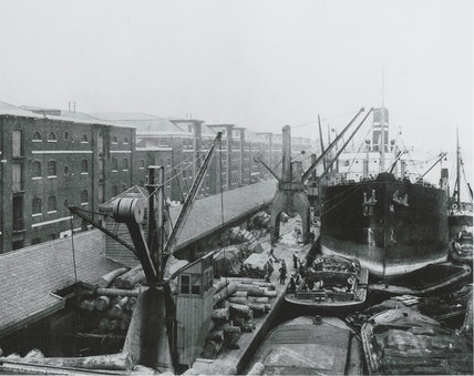 West India Docks 1900: North Quay