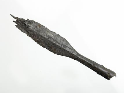 Iron spearhead: late 10th-mid 11th century