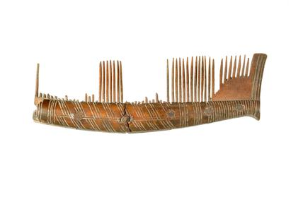Saxon bone comb: 9th - 11th century