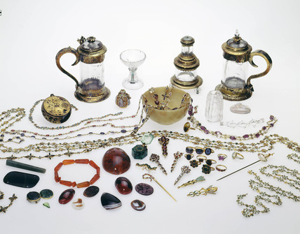 The Cheapside hoard: 16th-17th century