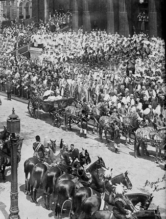 Queen Victoria's Diamond Jubilee procession at St Paul's Cathedral: 19th century