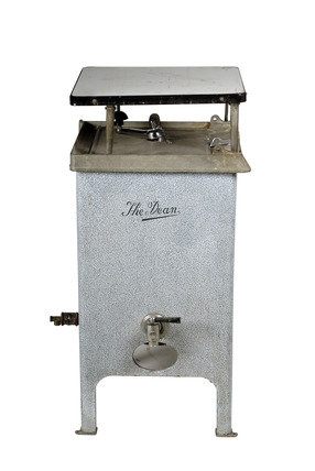 Gas washing machine: 20th century