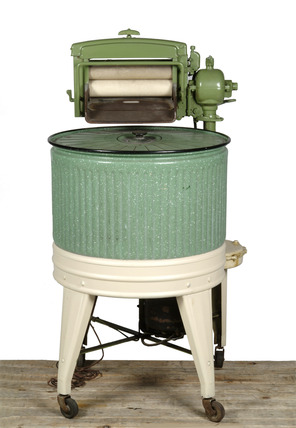Circular green washing machine: 20th century