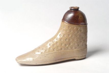Spirit flask  in the shape of a boot: 19th century