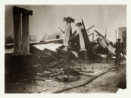 The Rusholme Exhibition Hall, Manchester destroyed by fire: 1913
