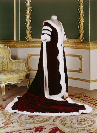 Coronation robes of the Countess of Dudley: 20th century