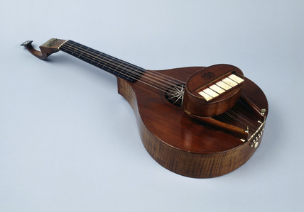 English guitar: 18th century