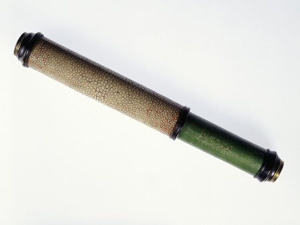Pocket telescope: 18th century
