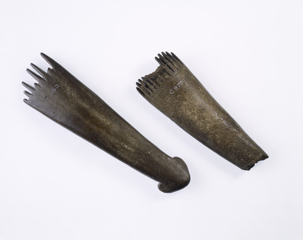 Iron Age weaving combs: 700 BC - AD 43