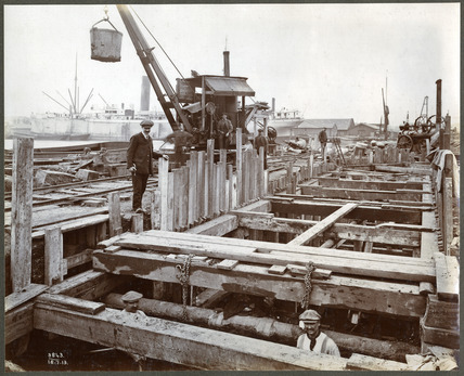 Redevelopment of  East India Docks: 1913