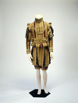 Harbinger's uniform ensemble, front view: 19th century