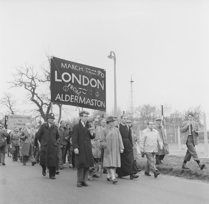 Aldermaston Anti-nuclear protest march: 1960
