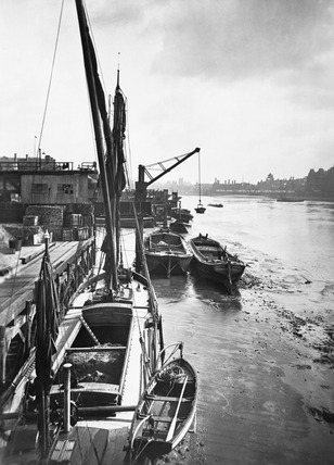 Grovesnor Road wharves: 20th century