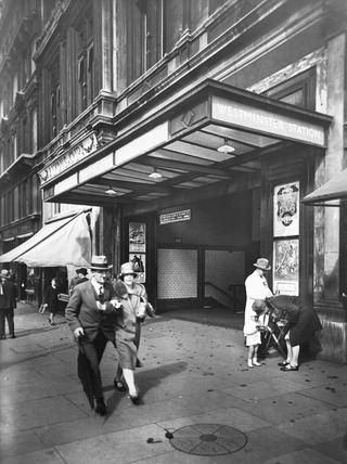 Westminster Underground Station: 20th century