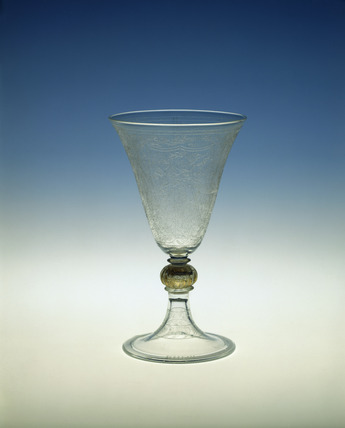 Champagne glass: 1912