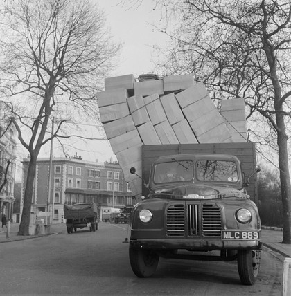 Truck with tumbling overload: 1950-1969