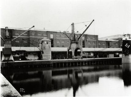 No.1 Warehouse, North Quay, West India Docks: 1913